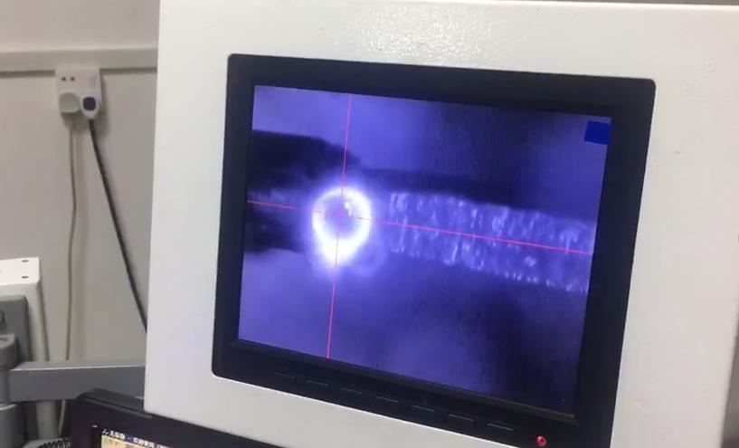 激光摆动头焊接示意图